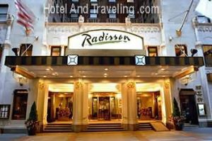 Hotel Radisson entrance